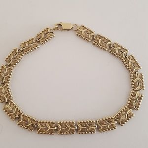 Gorgeous 10k Real gold bracelet, 5.65grs